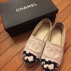Chanel Espadrilles Flat Shoes 38 eu size 7